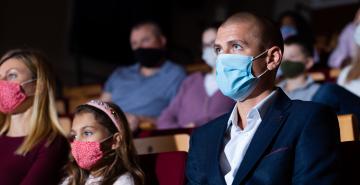 1490x875 theater masks