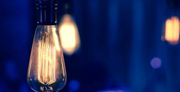 lightbulb-1490-875