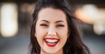 smile 1490x875